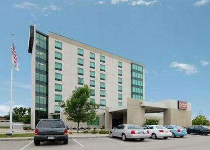 Clarion Suites Of Madison