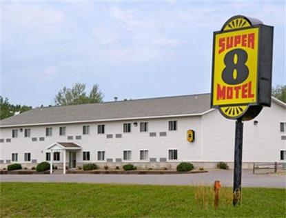 Super 8 Motel   Phillips