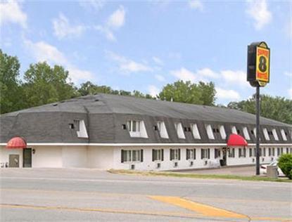 Super 8 Motel   Platteville