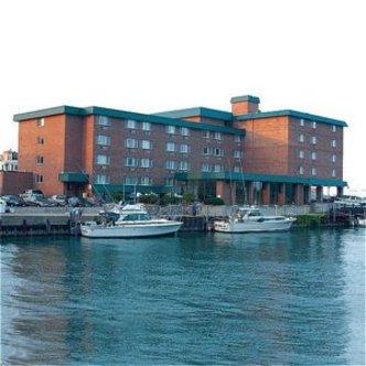 Holiday Inn Harborview
