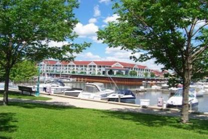 Radisson Hotel Racine Harbourwalk