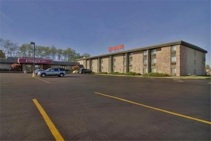 Americas Best Value Inn   Voyageur Inn And Conference Center