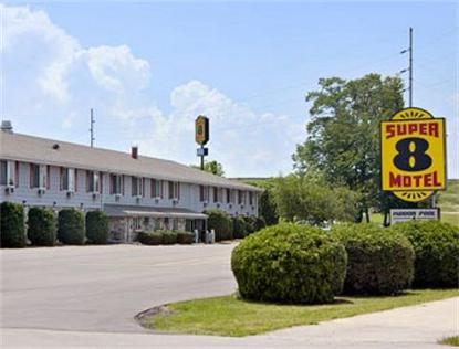 Super 8 Motel   Sturgeon Bay