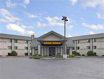 Hotels Wisconsin Dells, WI near Lake Delton | SpringHill