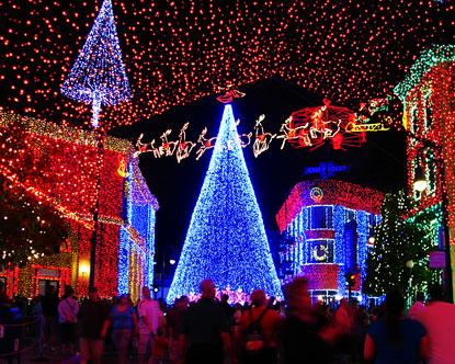http://www.destination360.com/travel/vacations/images/s/christmas-family-vacation.jpg