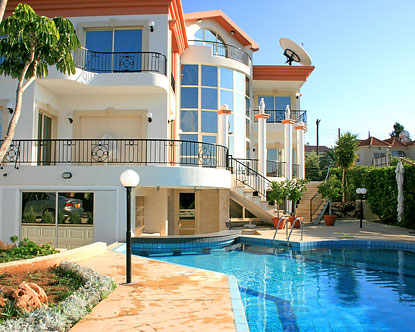 Advantages of Holiday Home Rentals